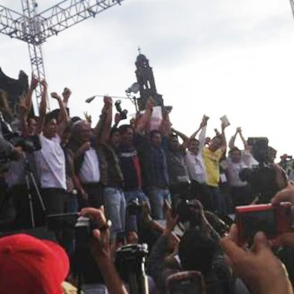 Andrés Manuel López Obrador termina su mitin en Tlatelolco