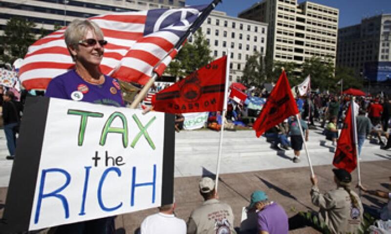 """El grupo hace la petición a un """"súper comité"""" de 12 miembros del Congreso que lucha por lograr un acuerdo bipartidista para reducir el déficit en al menos 1.2 billones de dólares. (Foto: AP)"""