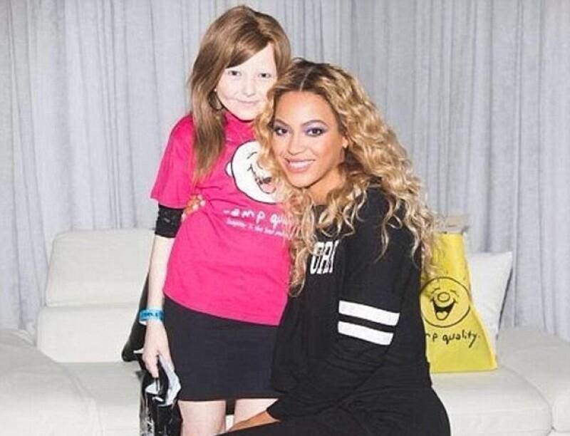 La cantante envió un gran ramo de flores con una enternecedora nota a la madre de Chelsea Lee, una seguidora que perdió la vida por culpa del cáncer.