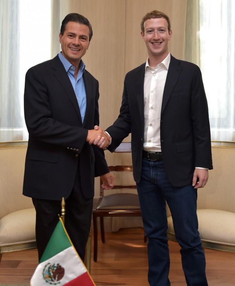 Enrique Peña Nieto dio una calurosa bienvenida al joven y famoso programador.