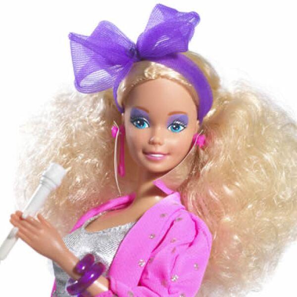 No podía faltar la Barbie rockera, que fue lanzada en 1986.