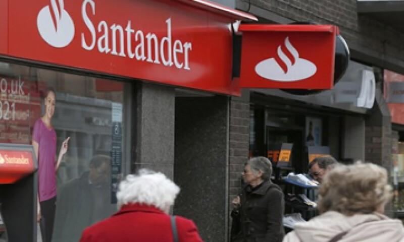 A nivel global, Banco Santander creció 24% su utilidad neta ordinaria en el primer semestre. (Foto: Reuters )