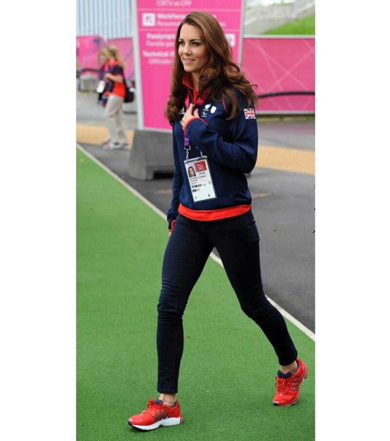 Su emoción para apoyar a los deportistas británicos no terminó con la clausura de los Juegos Olímpicos. La pareja real británica mostró su emoción en las gradas.