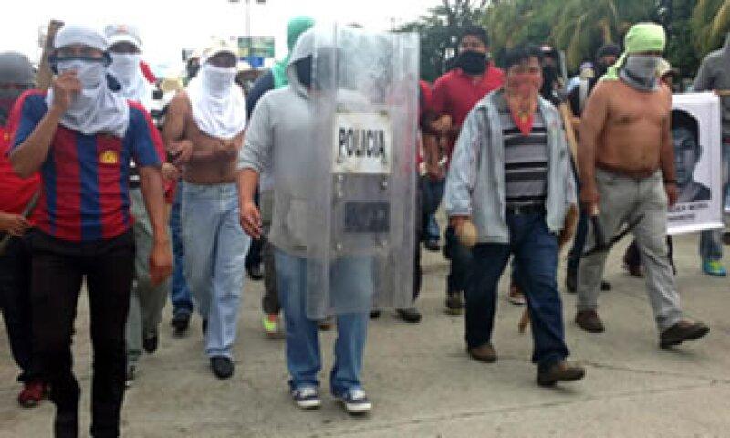 La desaparición de los estudiantes ha generado protestas en varias partes del país. (Foto: Notimex )