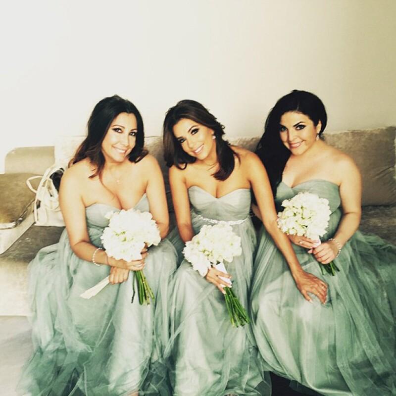La actriz ha compartido fotos de su asistencia a la boda de su amiga Alina Peralta que se llevó a cabo este viernes en la turística y muy visitada Mezquita de Córdoba, en Andalucía.