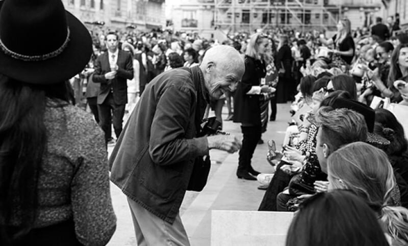 Bill antes del desfile de Chanel en París.