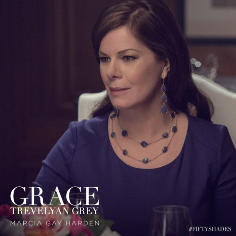 Marcia Gay Harden es Grace, la madre de Christian Grey.