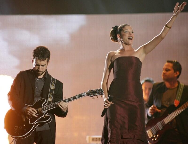 El guitarrista Ángel Reyero continuaría en la composición y producción y la vocalista Natalia Jiménez pensaría en una carrera como solista, según dijo un periodista español