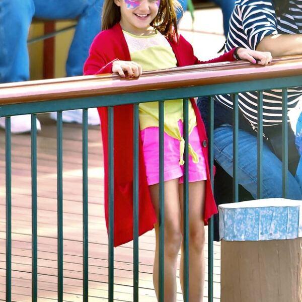 Suri acudió a principios de abril de este año a Disneyland en California.