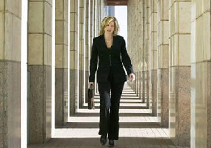 Un 95% de los reclutadores cree que un candidato con ropa informal tiene un punto en contra. (Foto: Jupiter Images)