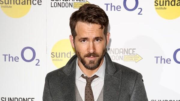 Ryan Reynolds espera su primer bebé al lado de su esposa Blake Lively.
