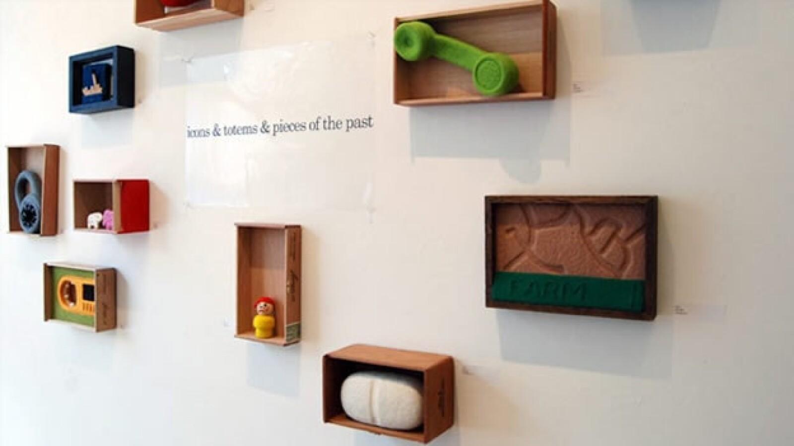 La artista Moxie plasma su infancia monstruosa en fieltro