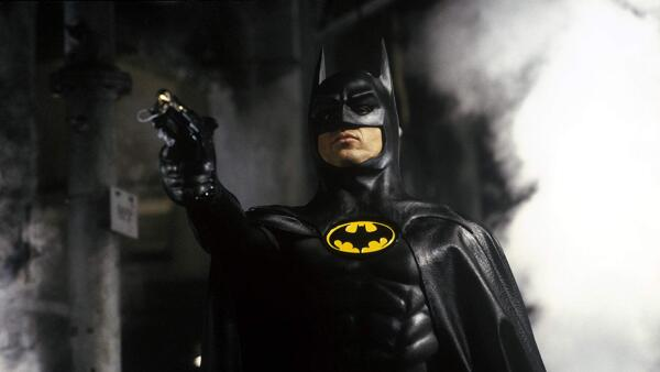 Michael Keaton como Batman