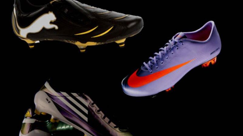 La trayectoria del calzado de futbol 2fe85e9d01745