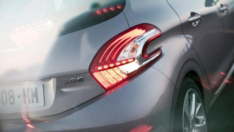 El auto arribará al mercado europeo en el primer trimestre de 2012, mientras que a México llegaría en el segundo semestre de 2013, aún sin precio de venta.