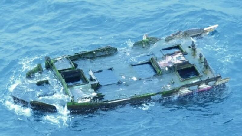 El barco de fibra de vidrio encontrado en Oregón, que puede ser de las costas de Japón