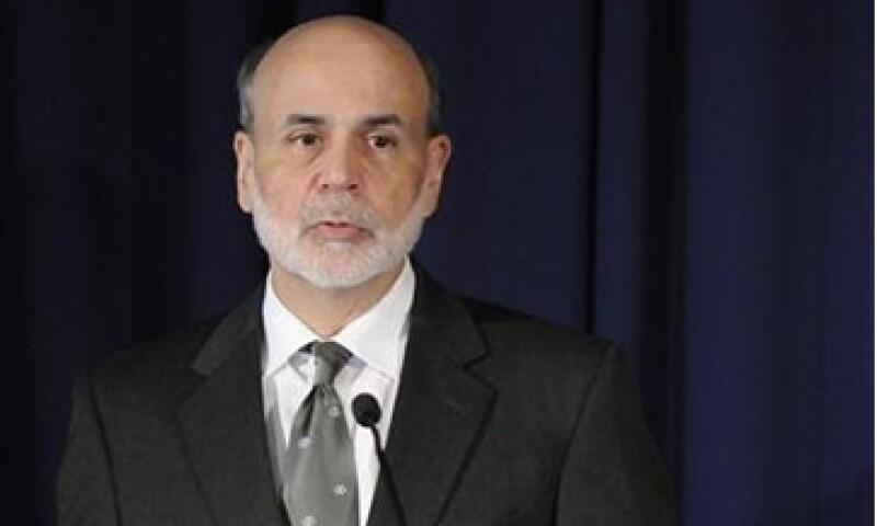 Ben Bernanke, el presidente de la Fed de EU recomendó no generar superávit comercial mediante la contención de la demanda doméstica. (Foto: Reuters)