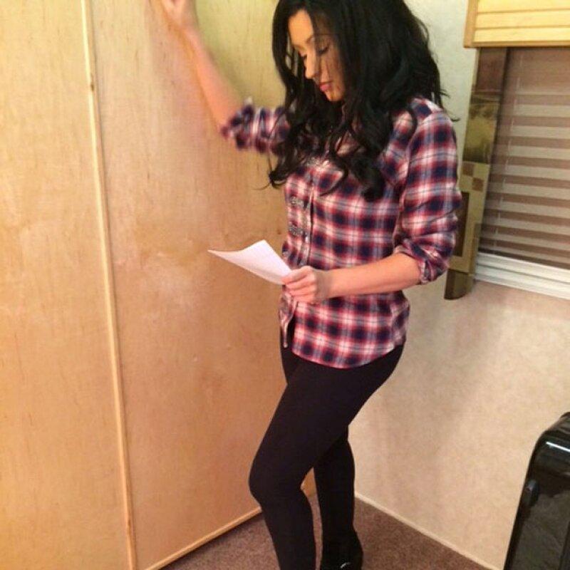 Tras anunciar su participación en la serie, la cantante norteamericana cambia su característico pelo güero para dar vida al personaje de Jade St. John.