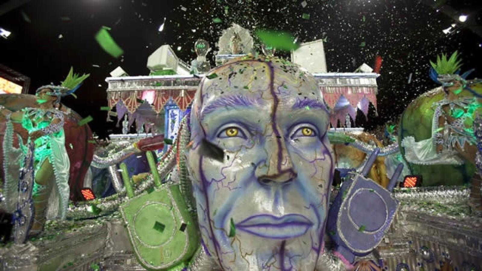 carro elegorico del carnaval de brasil