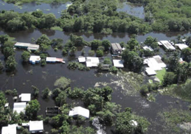 Parte del estado se encuentra bajo el agua (Foto: Notimex)