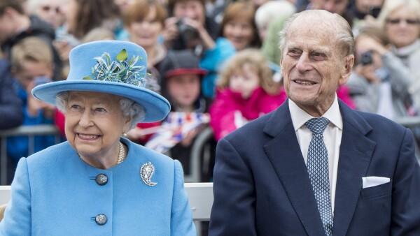 Reina Isabel II y Philip