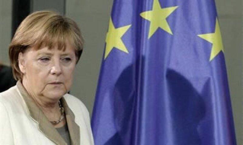 Merkel ha sido vilipendiada en algunos medios ante las fuertes medidas de austeridad que vive Grecia.  (Foto: Reuters)