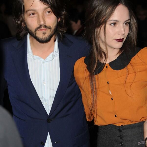 Diego Luna y su esposa, la actriz y cantante Camila Sodi.