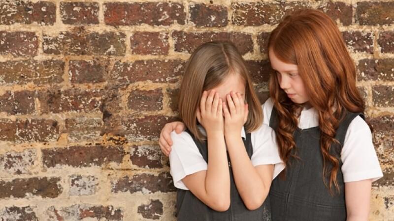 ninos bullying ayuda amigos escuela