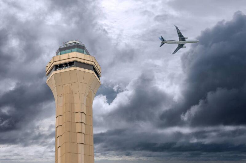 avion torre control