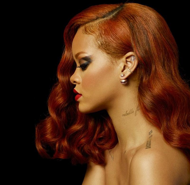 La cantante tiene más de diez tatuajes.