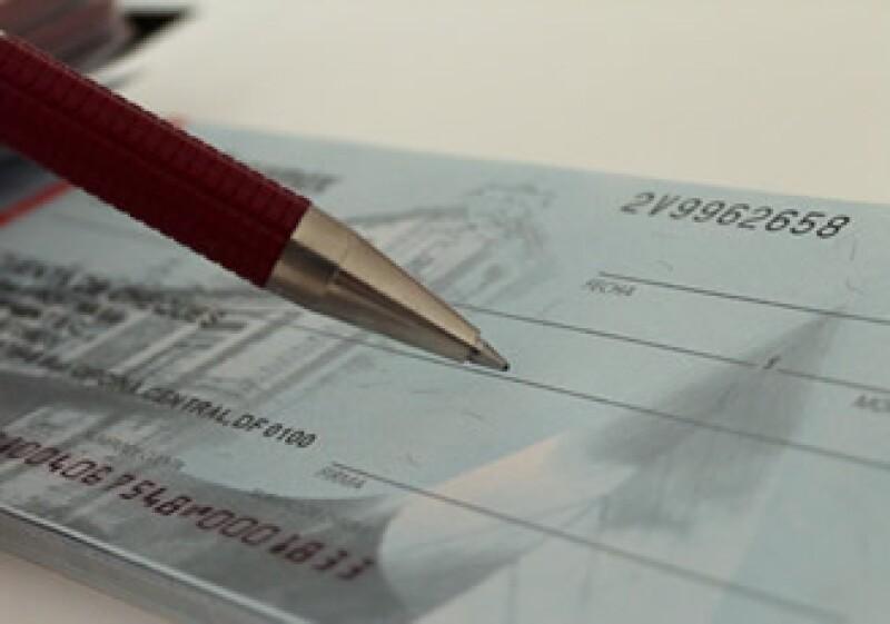 En México se permiten cheques al portador sólo hasta por la cantidad de 20,000 pesos.  (Foto: Cortesía SXC)
