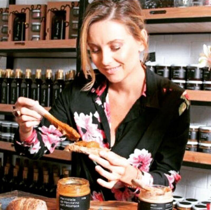 La actriz ama cocinar y en su tienda Amores y Sabores tiene gran variedad de productos nutritivos.