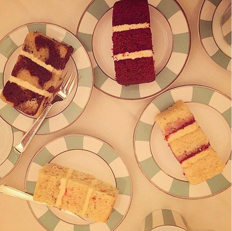 La prueba de pasteles para la boda