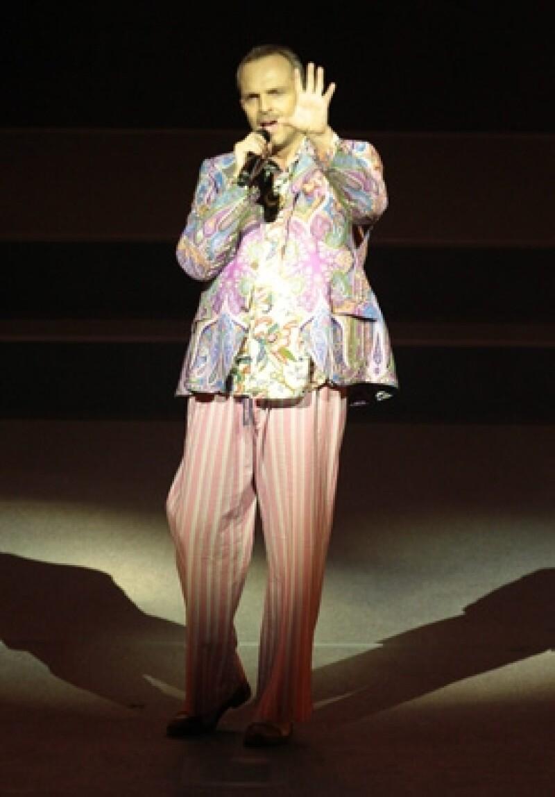 El cantante español abrió más fechas para presentarse en el Auditorio Nacional en la Ciudad de México, sólo quedan dos fechas.