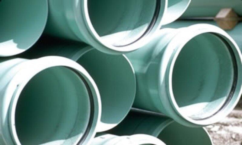 Pemex y Mexichem fabricarán monómero de cloruro de vinilo (vcm), materia prima de la producción del pvc. (Foto: Thinkstock)