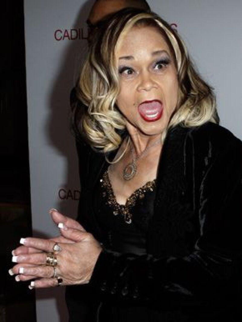 La cantante de 71 años dijo que `azotaría´ a Beyoncé por interpretar su canción At Last en la gala de investidura del presidente Barack Obama.