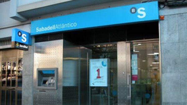 Banco Sabadell es uno de los 5 bancos más importantes de España. (Foto: Tomada de facebook.com/bancosabadell )