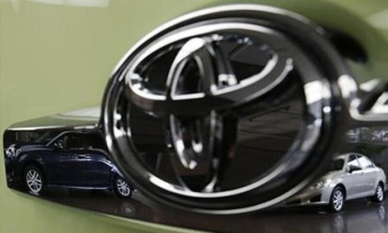 Toyota ha dicho que las fallas se deben a un mal ajuste de las alfombras y de los pedales de aceleración. (Foto: Getty Images)
