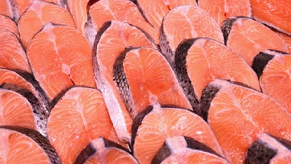 Las industrias han tenido que adelantar las cosechas de salmón. (Foto: Getty Images)