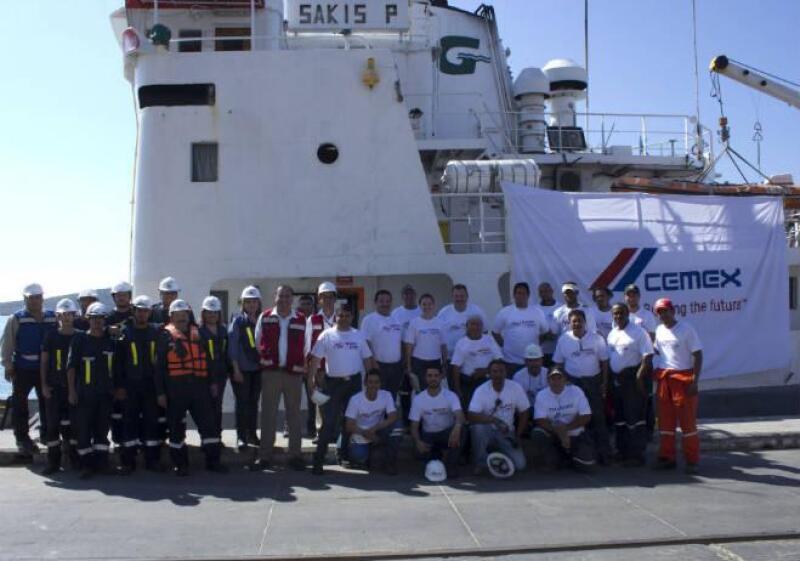 Cemex apoya a afectados por el hurac�n Odile en BCS