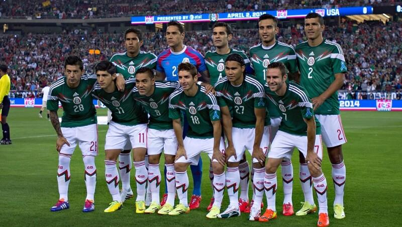 México lució su uniforme verde