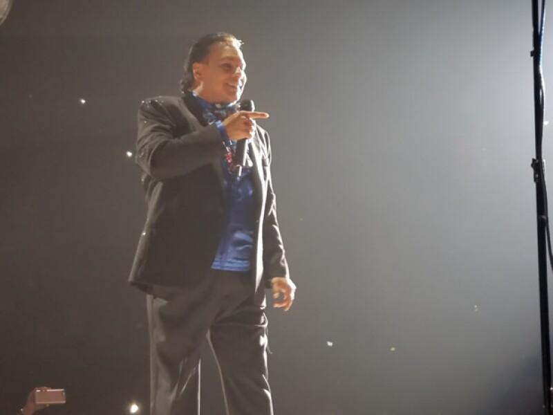 """Fue hace 48 horas en Los Ángeles, California, como parte de su gira """"MeXXIco Es Todo"""" en la que mostró toda su vitalidad y entrega, y en el que recalcó de principio a fin su orgullo por México."""