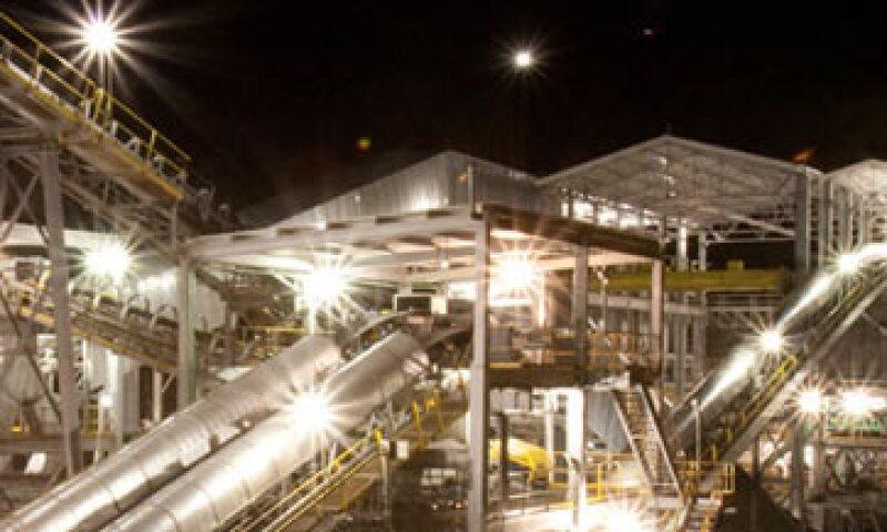 La empresa contaba al cierre de 2012 con 10,066 empleados en México. (Foto: Tomada de ternium.com.mx)