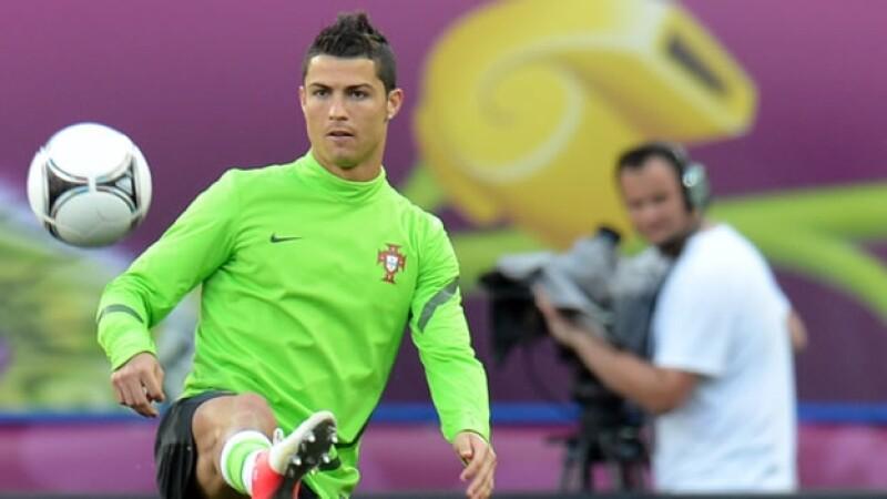 Cristiano Ronaldo entrena con Portugal