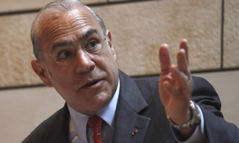 Ángel Gurría dijo que con la aprobación del proyecto para aumentar el límite de deuda EU se había superado un obstáculo muy importante. (Foto: AP)