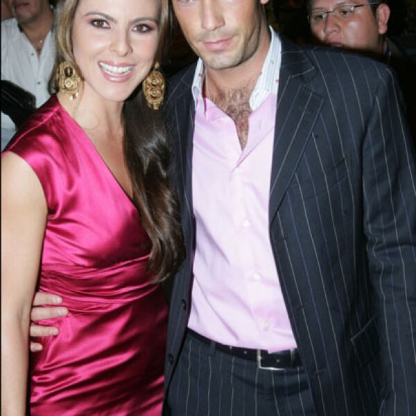 En 2008, Kate y Aarón retomaron su relación.