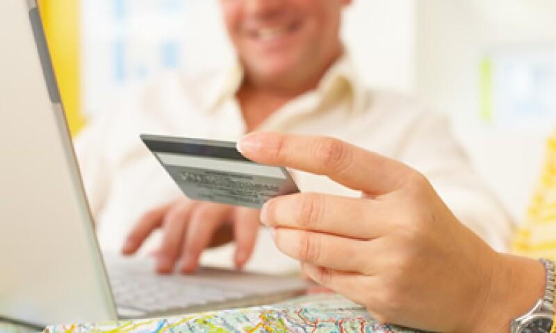 De cada 100 dólares de compras pagadas con tarjetas Visa, 5 centavos corresponden a operaciones fraudulentas. (Foto: Thinkstock)