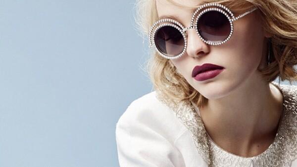 La hija de Johnny Depp se ha unido a la lista de celebridades que optan por autodefinirse como 'gender fluid'.