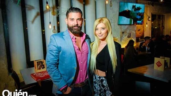 Jonathan Gutiérrez y Brenda Zambrano