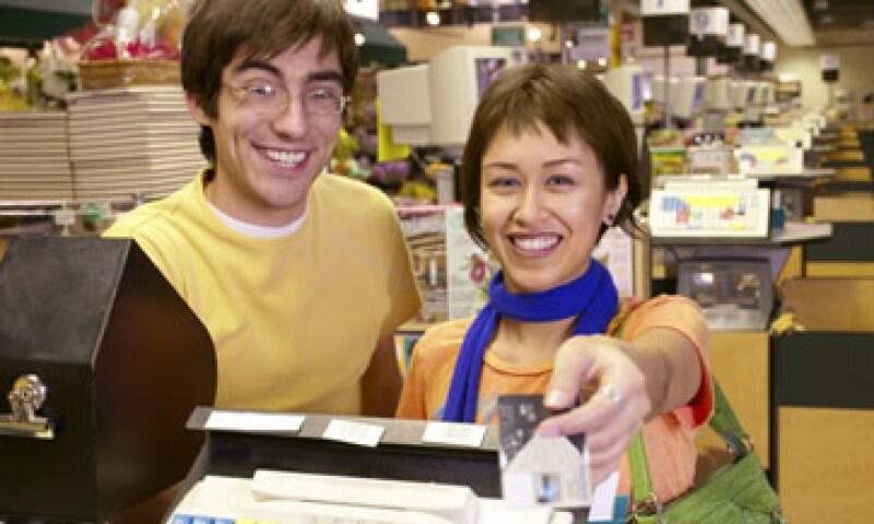 El crédito a las personas físicas con actividad empresarial creció 8.5% en julio. (Foto: Thinkstock)